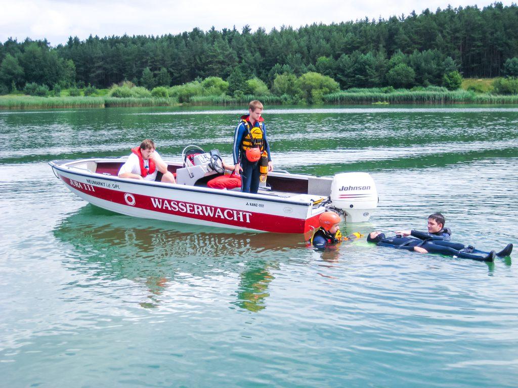 Wasserwacht-Neumarkt-Motorboot